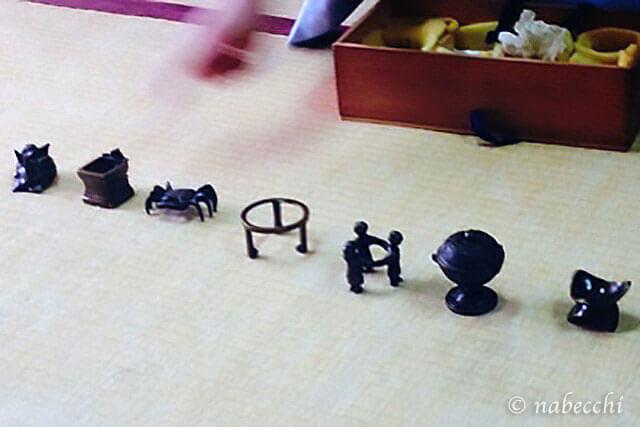 唐銅の七種蓋置