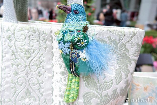 ぬいもの屋個々 刺繍鳥モチーフとリメイクバッグ