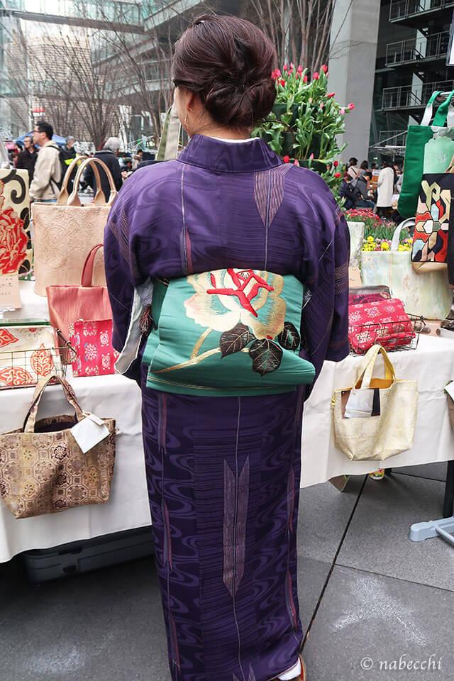 バラ刺繍帯 × 矢絣アンティーク着物コーディネート