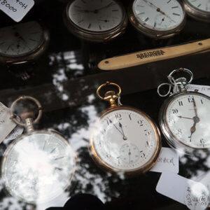 アンティーク時計お宝探し。大江戸骨董市でレディースウォッチ購入