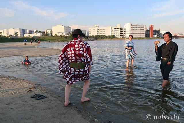 浴衣で水遊び 大森ふるさとの浜辺公園