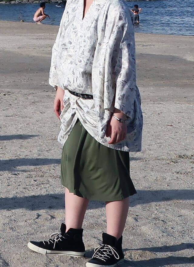 白地モノトーン浴衣 × モスグリーンリラコ