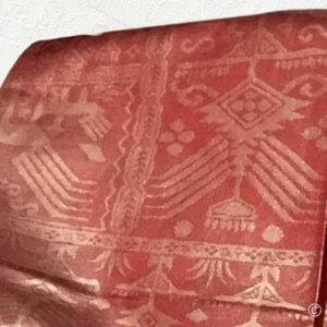 メタリックに光る帯に小紋着物は難しい。大江戸骨董市で買い失敗