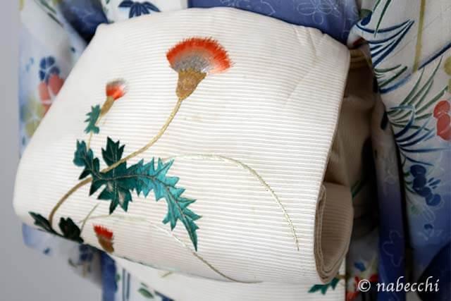 白地刺繍アザミ柄夏帯