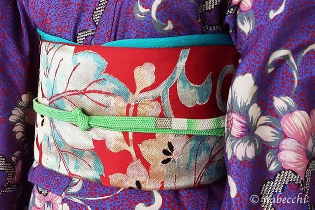 赤に桐唐草柄の袋帯×アンティーク着物のコーディネート 帯周り