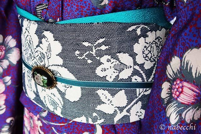 紺の花柄 織り名古屋帯×アンティーク着物 帯周り