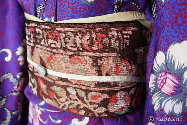 茶色 正倉院柄 織り名古屋帯×アンティーク着物 帯周り