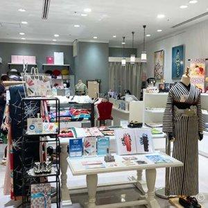 豆千代モダン新宿店で試着三昧。着物マイサイズ知りネット購入も安心