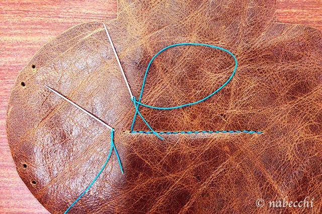 2本針でレザー手縫い