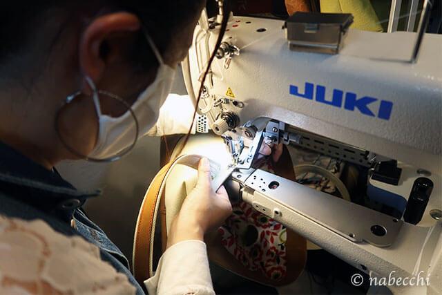 ミシンで見つけを縫い付ける