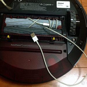 ルンバ870  スマホ充電コードに要注意!ケーブルカバー対策