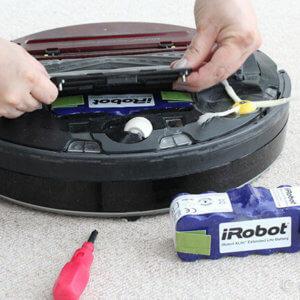 ルンバ870 ホームベースに帰らない、バッテリー交換時期と破棄方法