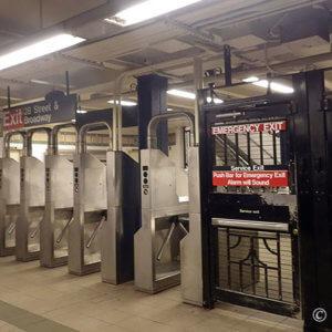 ニューヨーク旅。初めての地下鉄で2つのトラブル