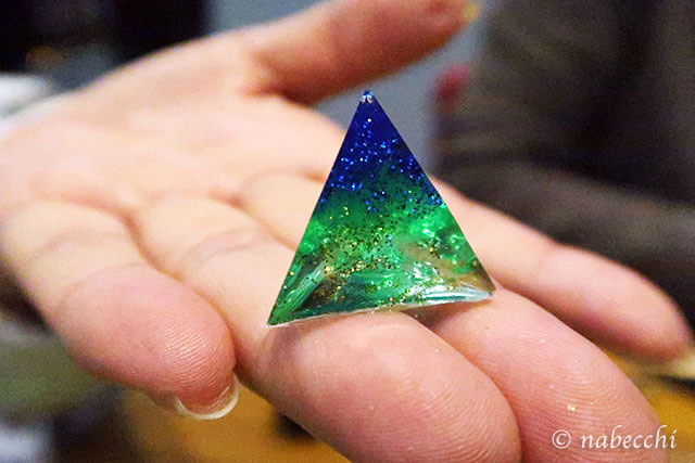 レジン 三角錐完成