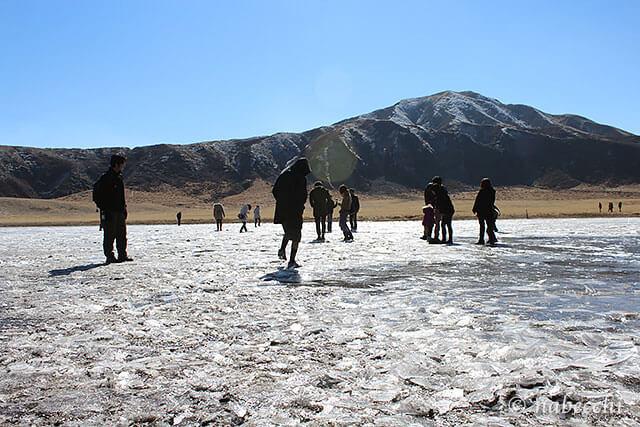 草千里ヶ丘「氷体験」