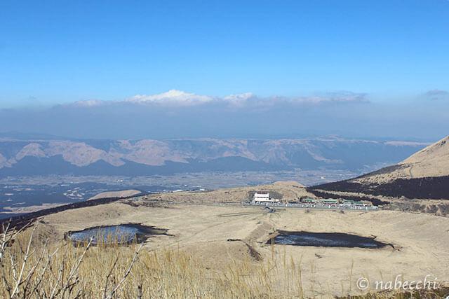 阿蘇 烏帽子岳山頂から草千里ヶ浜