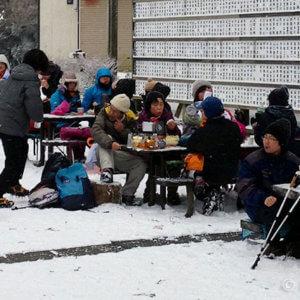 金剛登山・大阪で雪まみれの初詣。山頂は-5℃でも野外ランチ多数