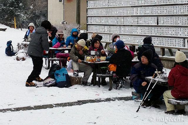 雪の日の野外ランチ 金剛山