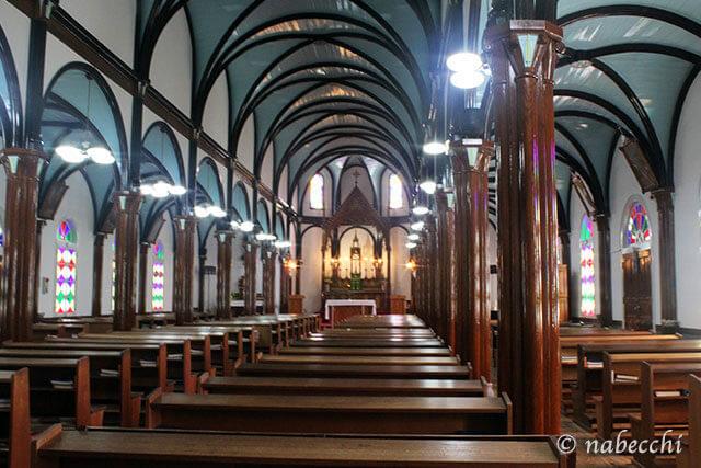 カトリック黒崎教会 内部
