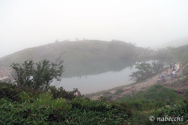 悪天候の八方池